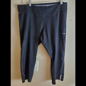 Champion XL Black Cropped Athletic Leggings